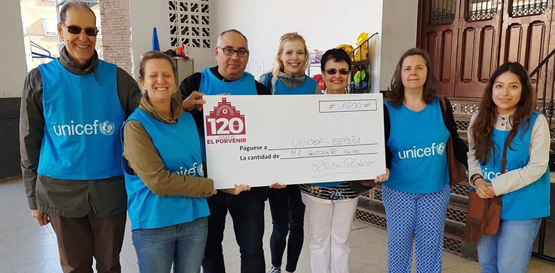Entrega talón UNICEF 1.600 euros