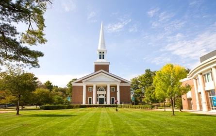 Gordon College-capilla y plaza central