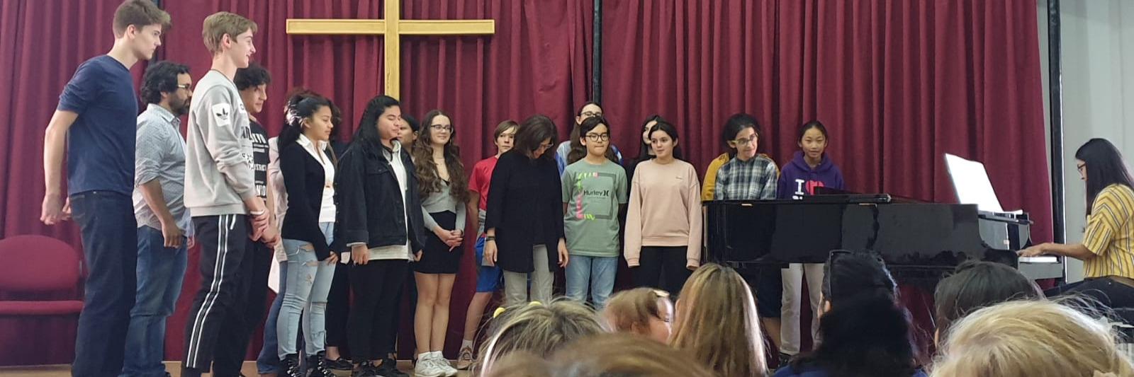 El Coro El Porvenir culmina el curso con una actuación colaborando con la Fundación Alicia y Guillermo