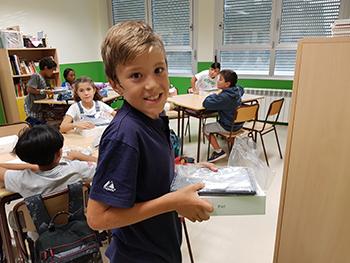Entrega de Ipads a los alumnos de El Porvenir en Primaria