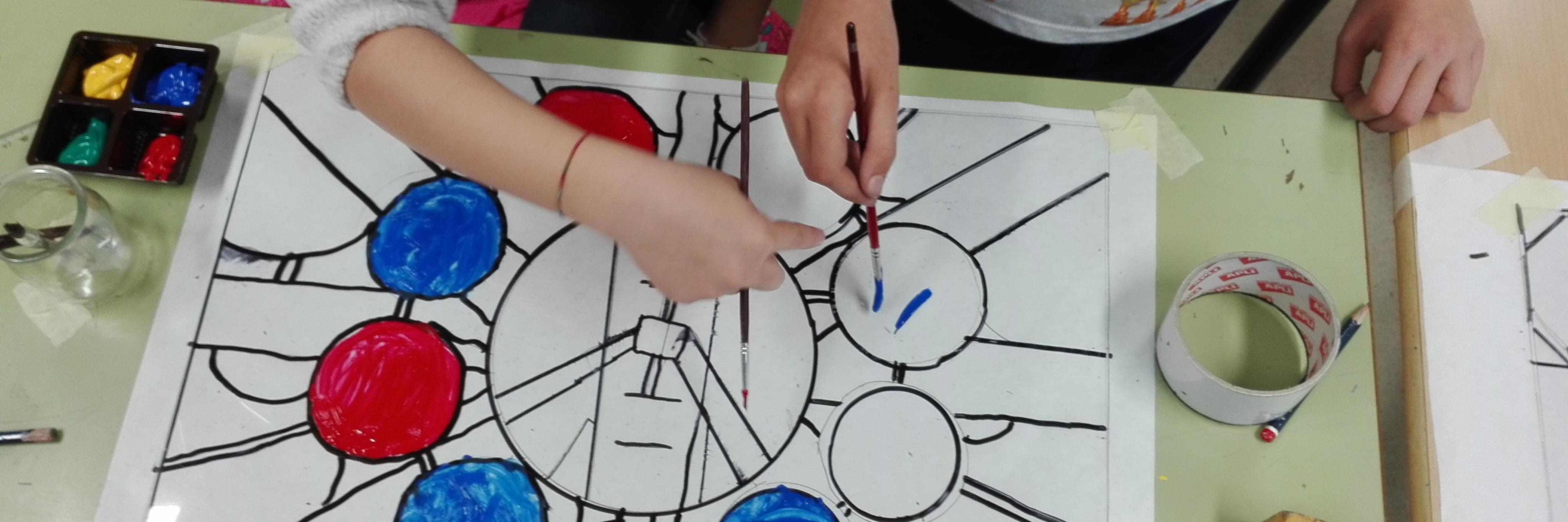 """Taller  """"VIDRIERAS, LA LUZ Y EL COLOR DE LAS CATEDRALES"""" para 2º de Educación Primaria"""
