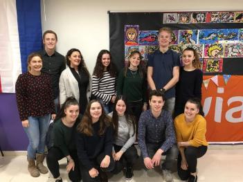 Visita de alumnos de magisterio holandeses en El Porvenir
