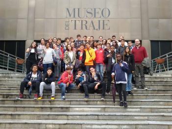 Los alumnos de 2º ESO visitan el Museo del Traje