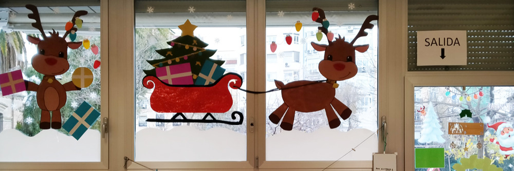 Unos duendecillos mágicos han transformado el cole en un cuento de Navidad