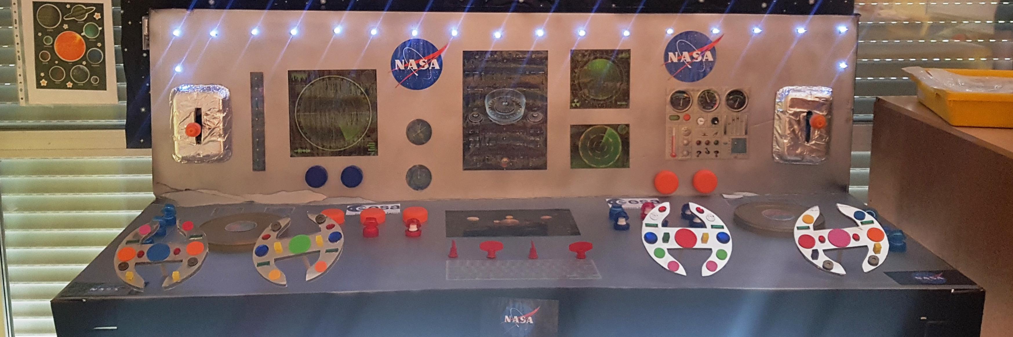"""APRENDIZAJE POR PROYECTOS: """"El Sistema Solar"""" en la clase de 5 años B"""