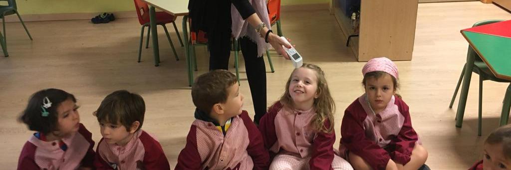 Tomando la temperatura en la Escuela Infantil (de 3 a 5 años)