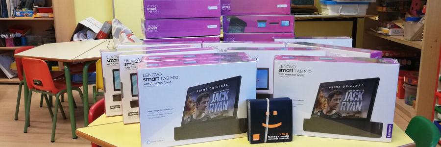 """La Fundación Orange a través del proyecto """"Empresas que ayudan"""" de la Fundación CEOE dona 20 tablets a nuestros colegios"""